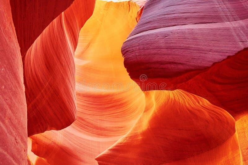 Понизьте каньон антилопы, Аризону, США стоковые изображения