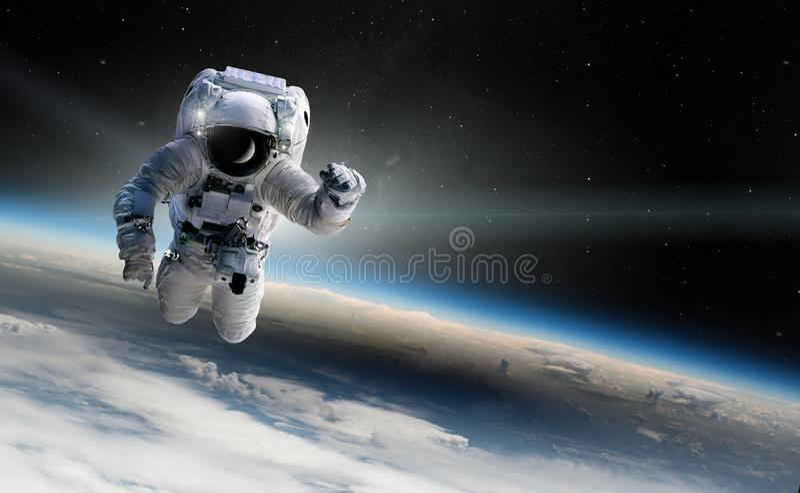 Понятие завоевания вселенной человеческой расой Элементы этого изображения предоставлены НАСА иллюстрация штока