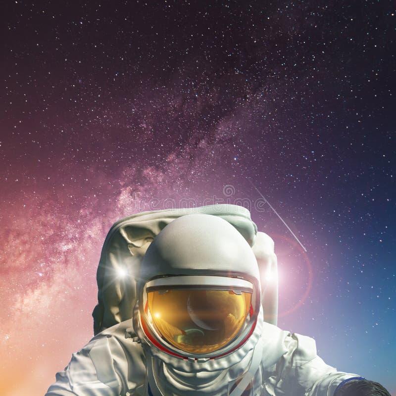 Понятие завоевания вселенной человеческой расой Элементы этого изображения предоставлены НАСА бесплатная иллюстрация