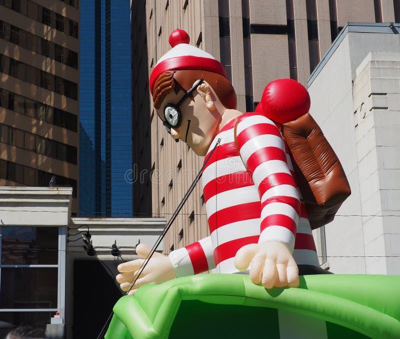 Поплавок Waldo в параде стоковые фотографии rf