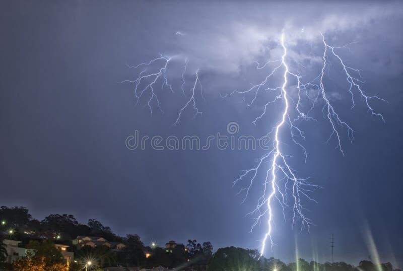 Поразительный Thunderbolt стоковые фотографии rf