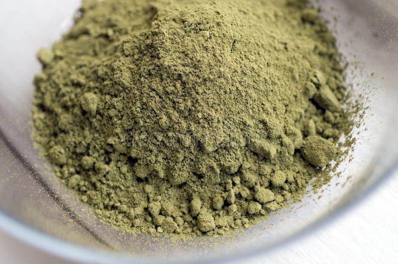 Download порошок хны стоковое изображение. изображение насчитывающей green - 482187