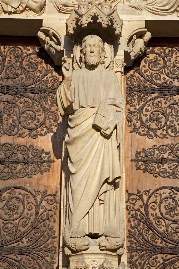 портал paris notre dame jesus главный стоковые изображения rf