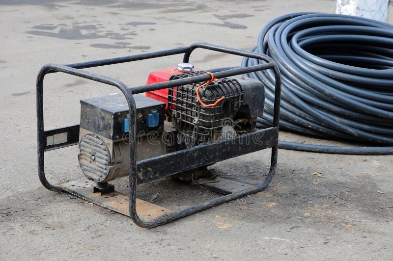 портативная машинка электрического генератора Ремонт дорожной работы стоковое изображение