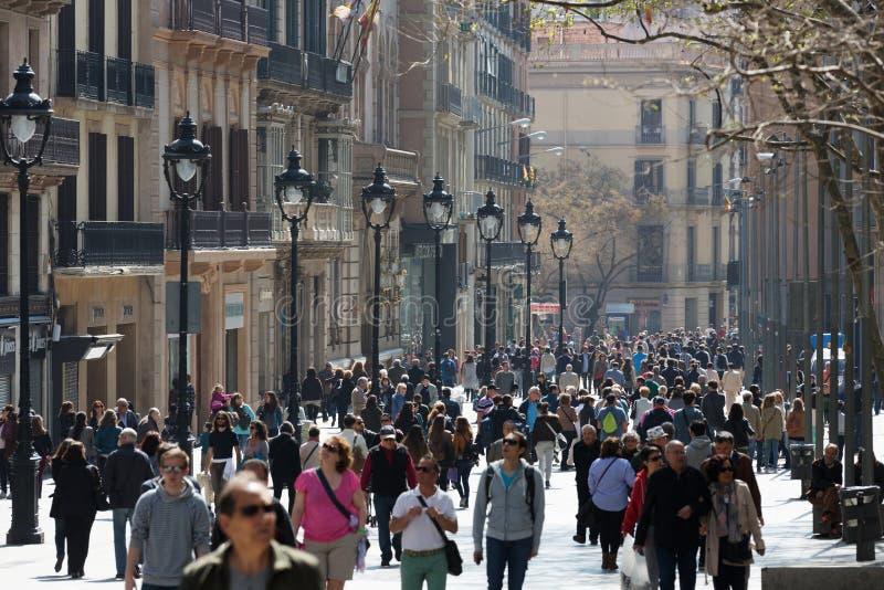 Портальн del Анджел весной barcelona Испания стоковые изображения rf