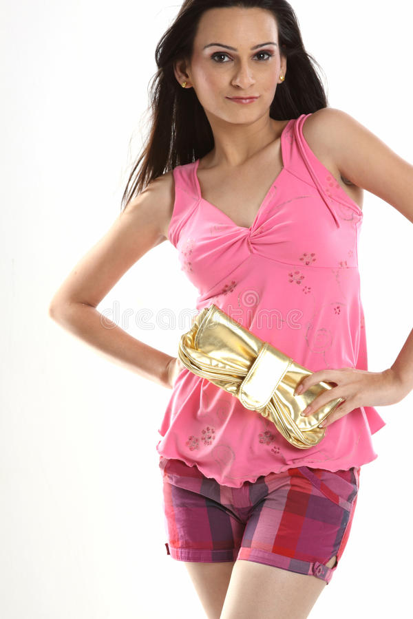 портмоне удерживания девушки подростковое стоковое изображение rf