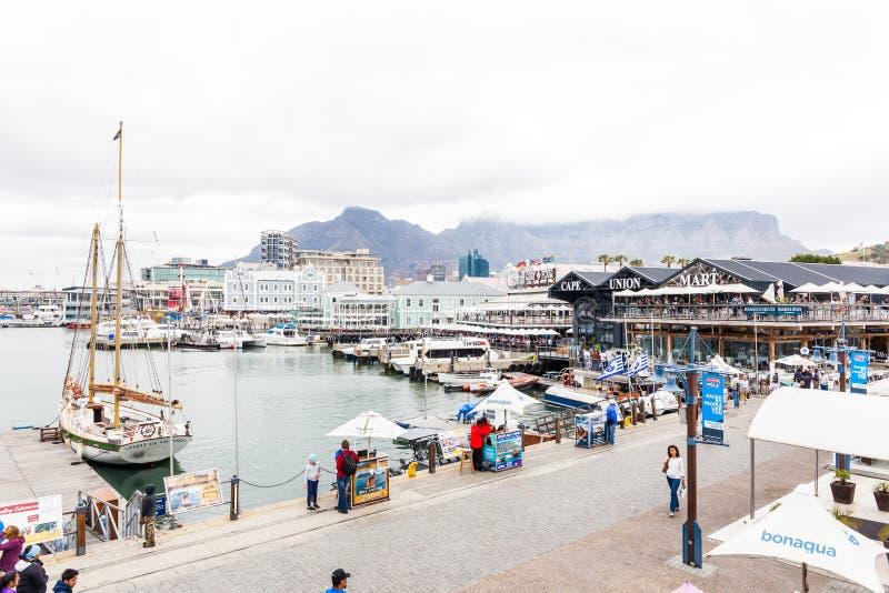 Портовый район на гавани Кейптауна стоковое фото rf