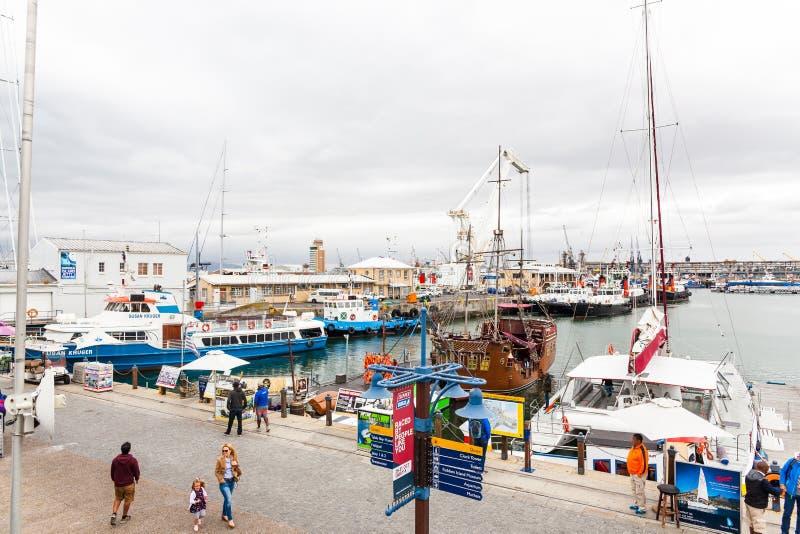 Портовый район на гавани Кейптауна стоковые изображения