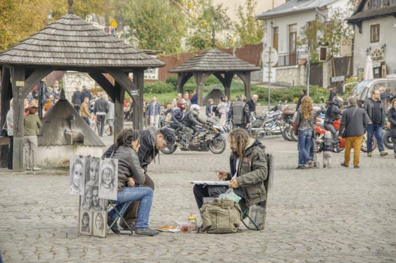 Портреты художника улицы стоковое фото