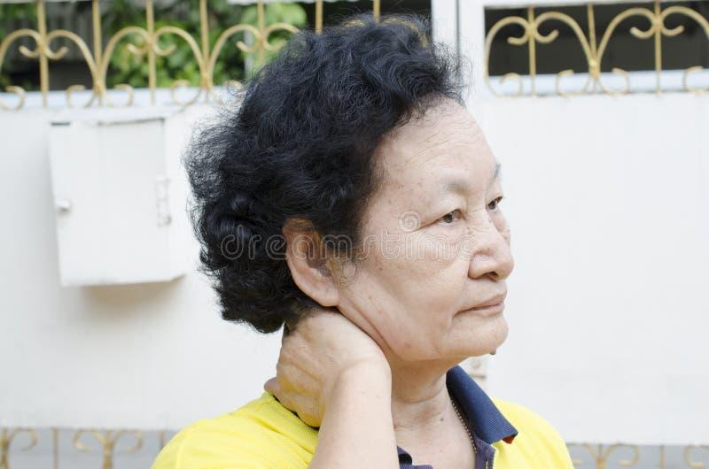 Портрет азиатского старшия стоковые фотографии rf
