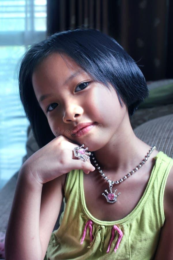 Портрет азиатской маленькой девочки стоковые фотографии rf