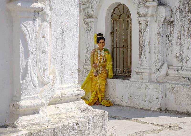 Портрет бирманской женщины стоковые фото