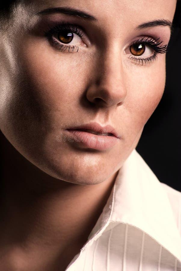 портрет близкой девушки стоковая фотография rf