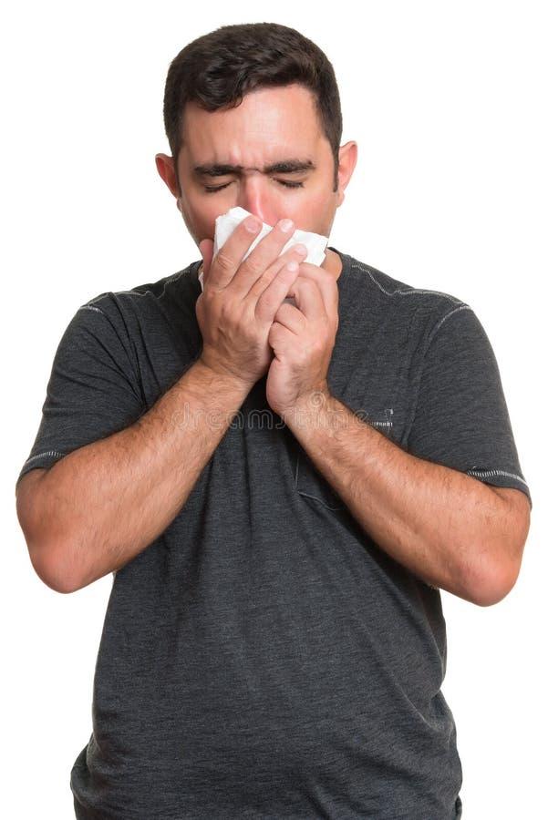 Портрет больной кашлять человека изолированный на белизне стоковое фото rf