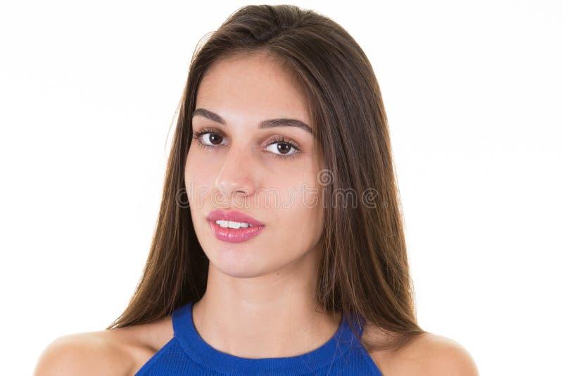 Портрет волос красивого брюнет молодой женщины брюнет длинных стоковая фотография rf