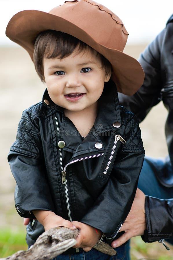 Портрет восхитительной маленькой девочки стоковое изображение rf