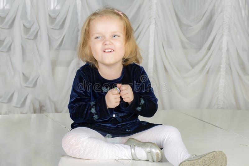 Портрет годовалого ребенка 2 стоковое изображение