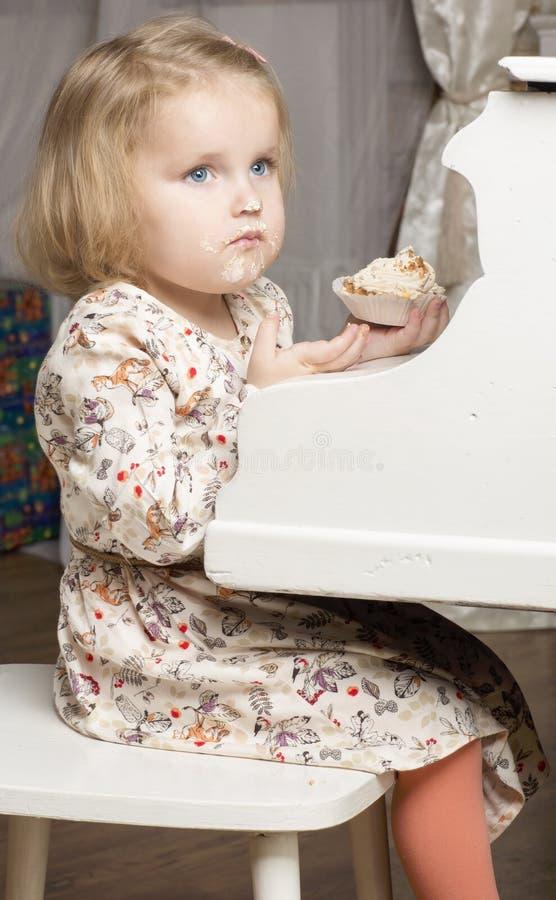 Портрет годовалого ребенка 2 стоковые изображения rf