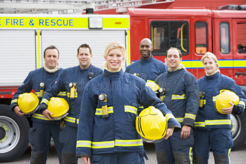 портрет группы пожарных стоковое фото