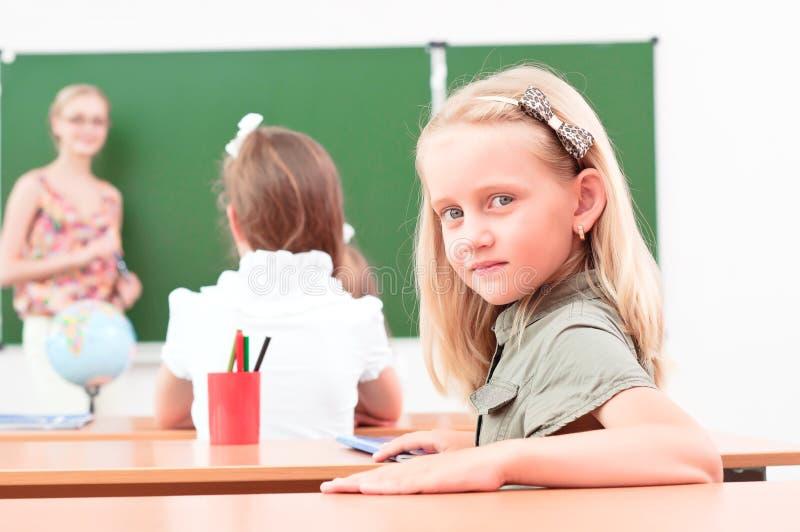 Портрет девушки в типе стоковое фото