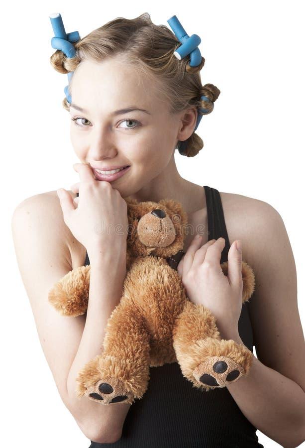 Портрет девушки в curlers. стоковые изображения rf