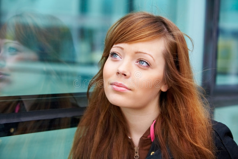 портрет девушки напольный подростковый стоковые изображения rf