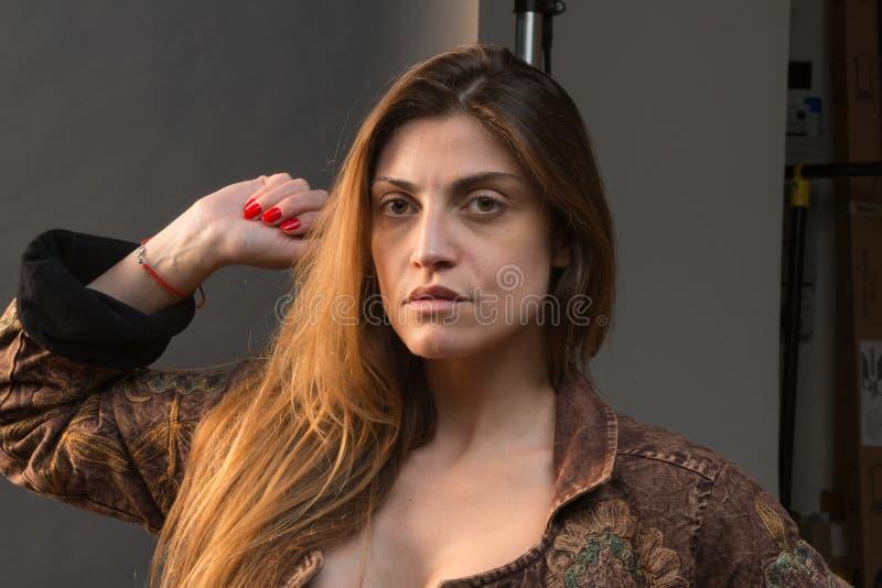 портрет девушки сексуальный стоковая фотография