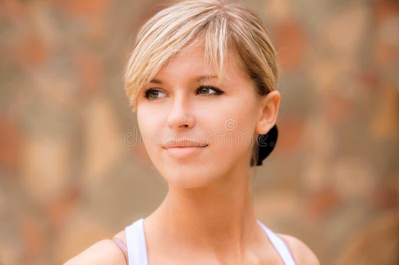 портрет девушки симпатичный стоковое фото rf