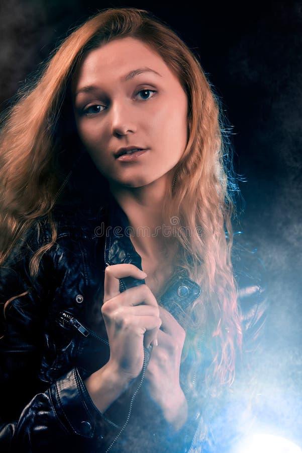 Портрет женщины в фаре стоковое фото rf