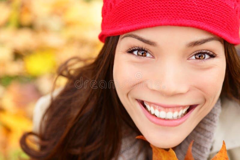 Портрет женщины падения/осени стоковые фотографии rf