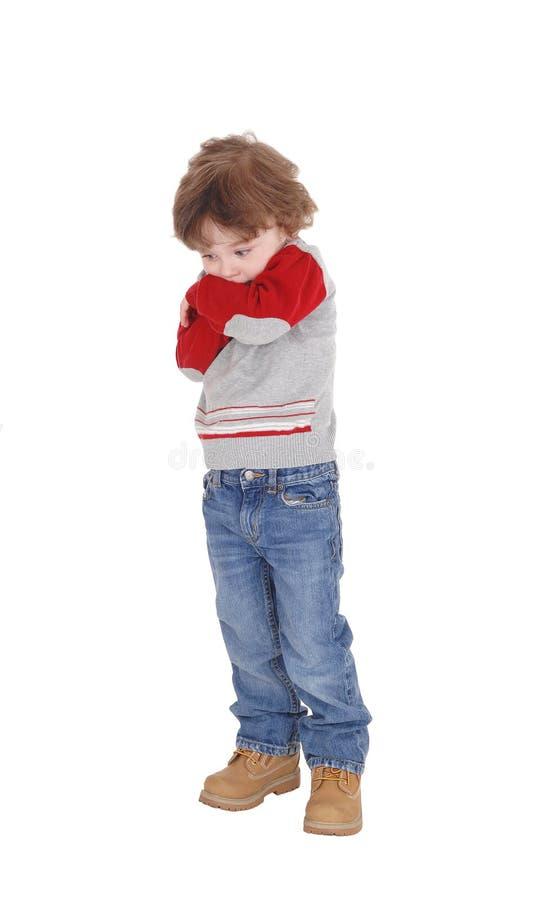 Портрет застенчивого мальчика стоковое фото
