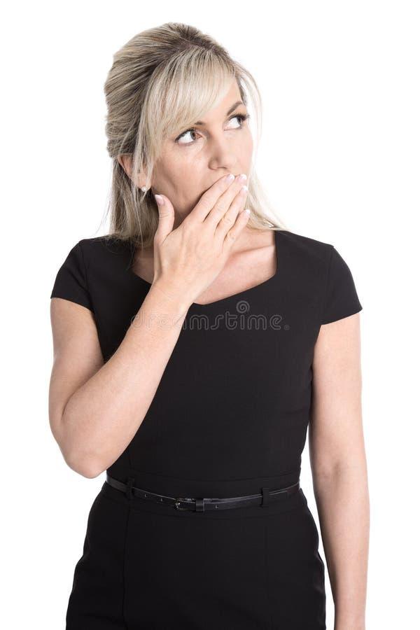 Портрет изолированной зрелой женщины оглушил смотреть кос стоковые изображения rf