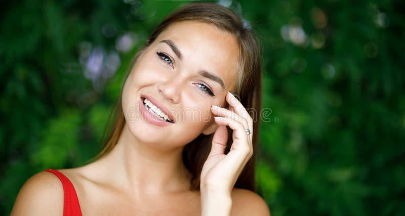 Портрет Конца-вверх красивейшей девушки стоковая фотография