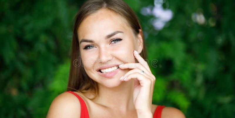 Портрет Конца-вверх красивейшей девушки стоковое фото