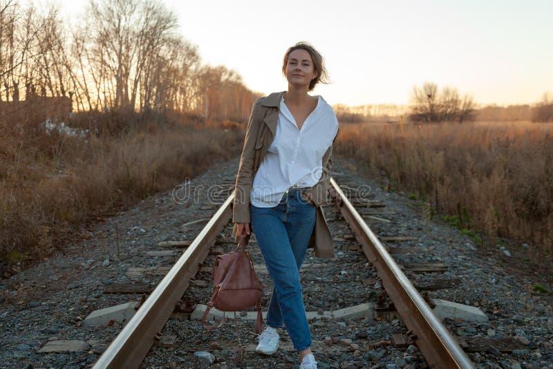 Портрет красивейшей молодой модели стоковые фотографии rf