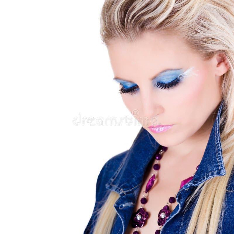 Портрет красивой молодой женщины стоковое изображение rf