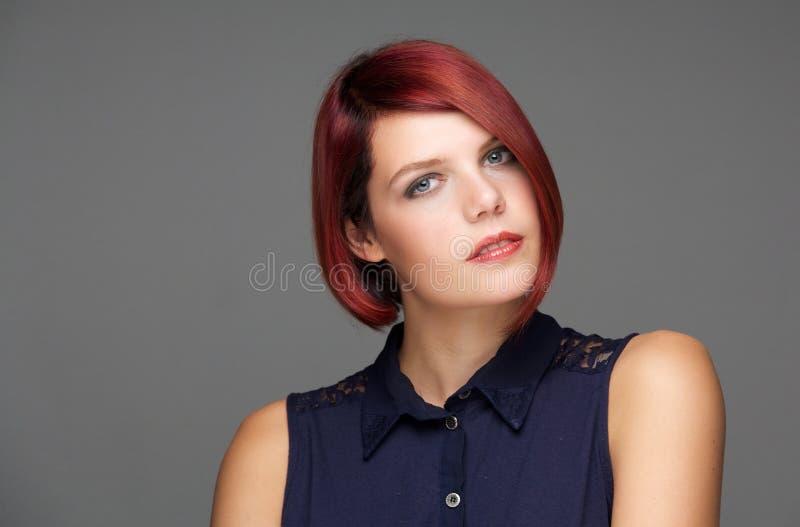Портрет красоты женской фотомодели стоковое изображение rf
