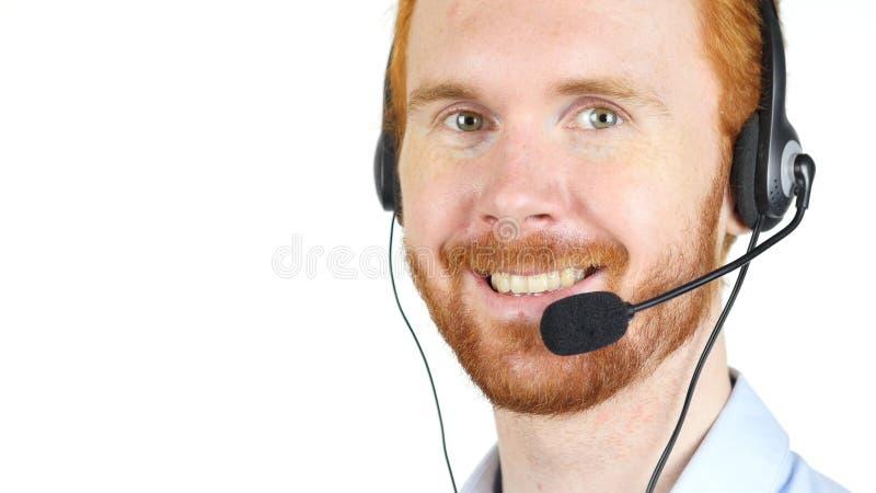 Портрет крупного плана шлемофона счастливого обслуживания клиента репрезентивного нося стоковые фотографии rf