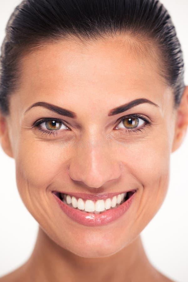 Портрет крупного плана усмехаясь женщины стоковое фото rf