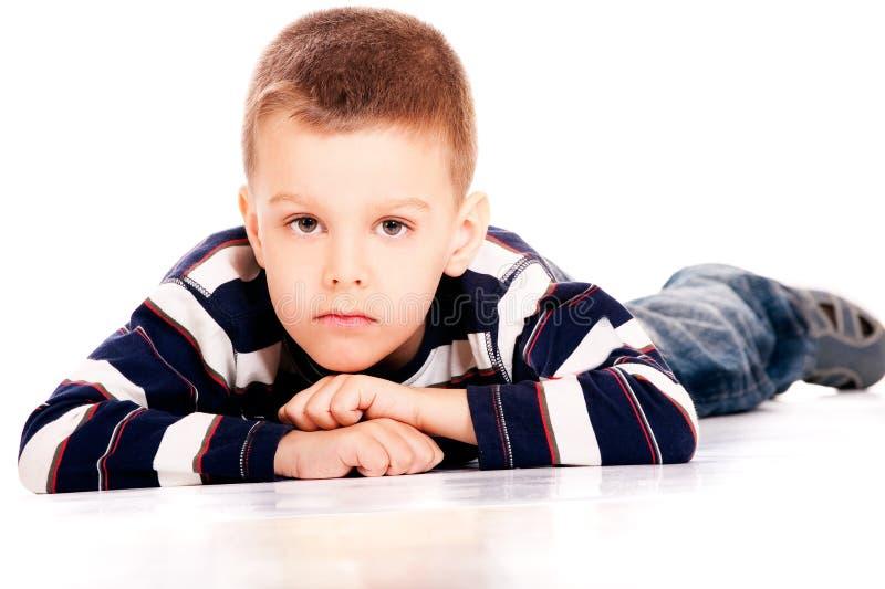 Портрет малого мальчика стоковая фотография