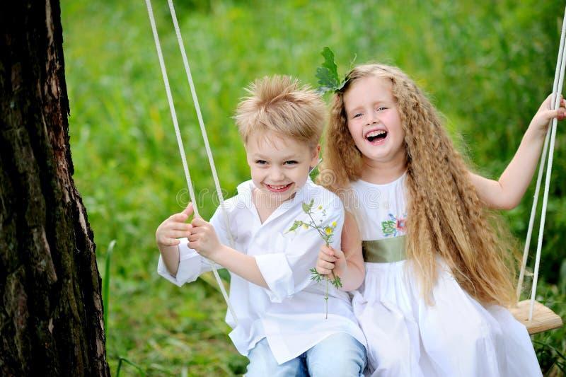 Портрет мальчиков и девушок стоковая фотография rf