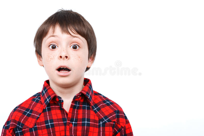 Портрет малого эмоционального мальчика стоковое изображение rf