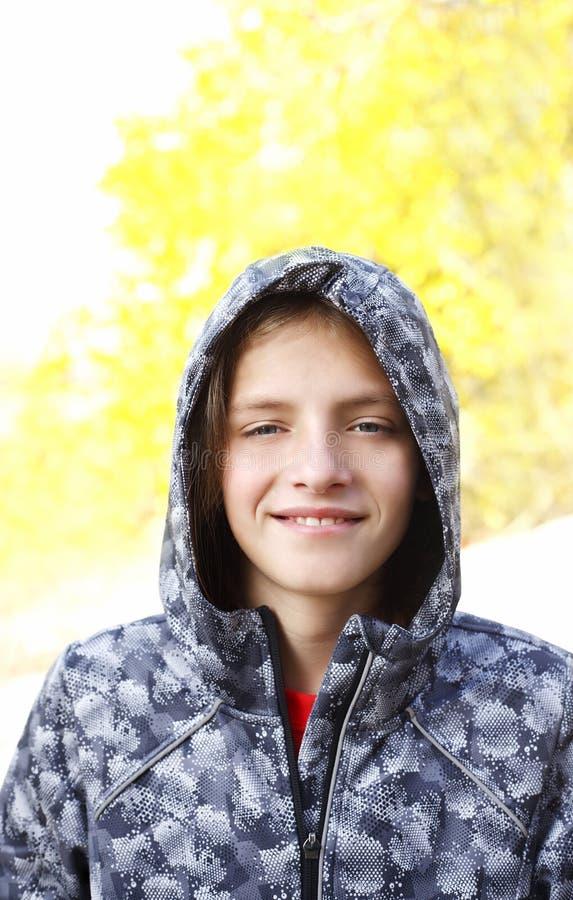 Портрет мальчика подростка стоковое фото rf