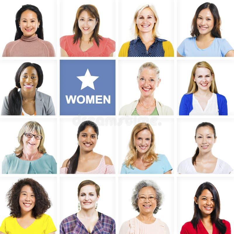 Портрет многонациональных разнообразных жизнерадостных женщин стоковая фотография