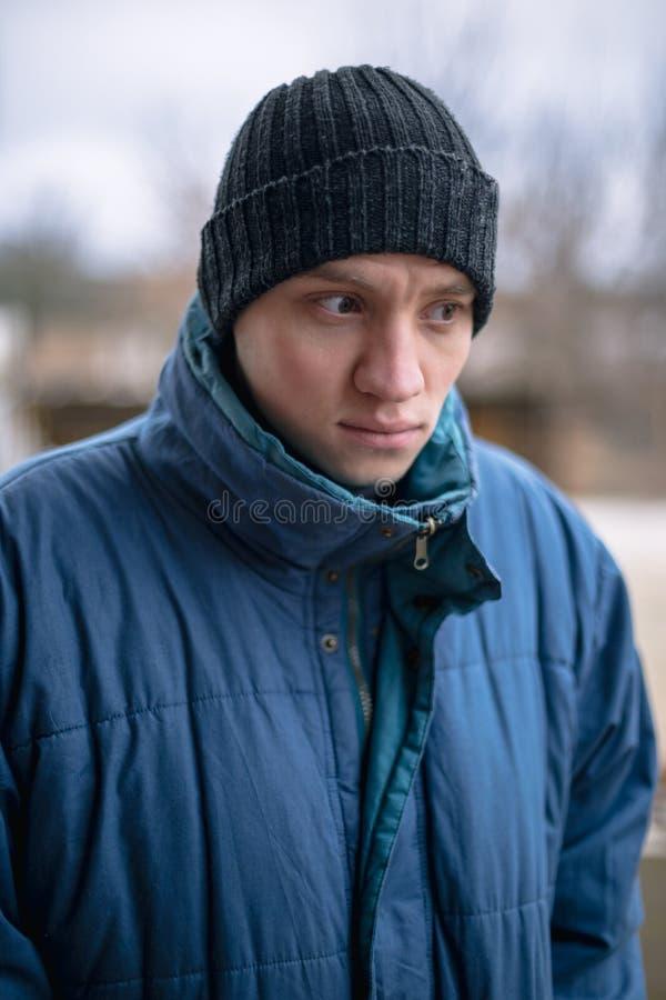 Портрет молодого сельского парня стоковые изображения rf