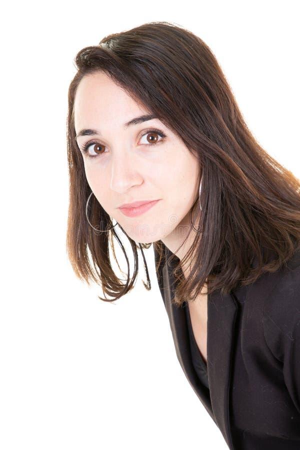 Портрет молодой привлекательной бизнес-леди на белой изолированной предпосылке стоковая фотография rf
