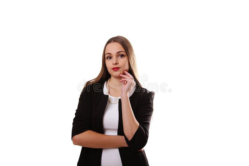 Портрет молодой красивой девушки с длинным вьющиеся волосы стоковые изображения