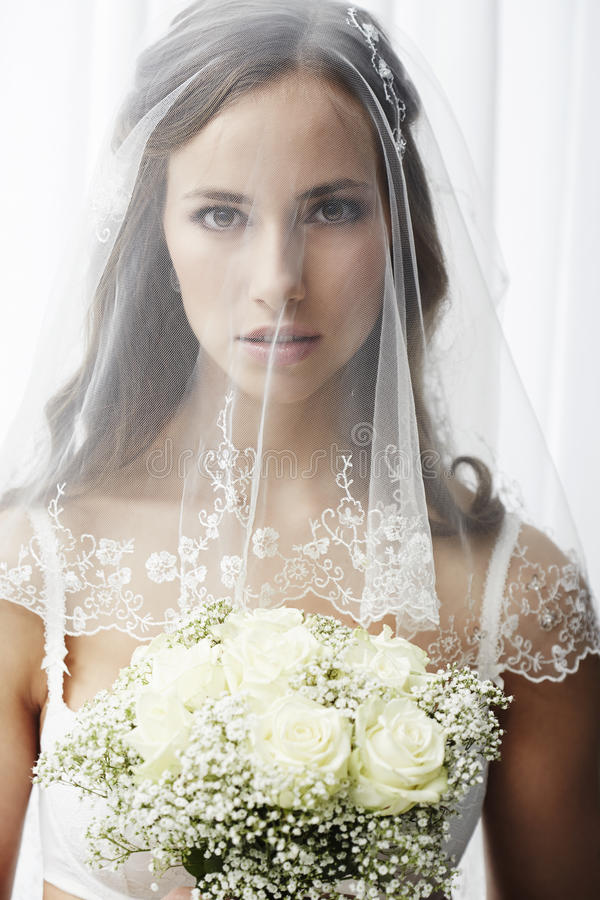 Портрет молодой невесты стоковое фото rf