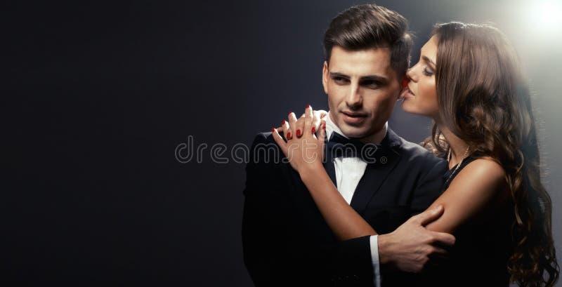 Портрет моды любовников стоковое изображение
