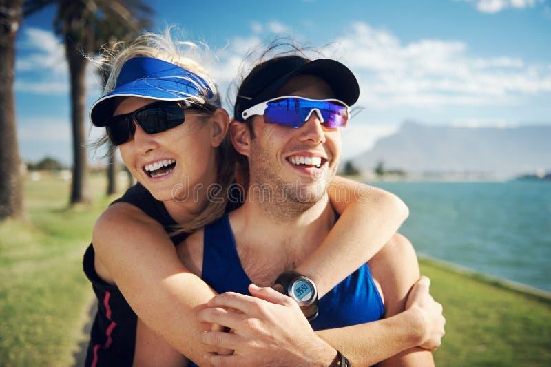 Download Портрет пар фитнеса стоковое фото. изображение насчитывающей lifestyle - 40580216